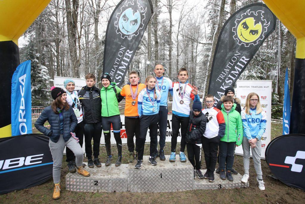 Osvajači medalja kategorija U16 /kadeti/mlađi kadeti (fotografija preuzeta od @TK Maksimir)